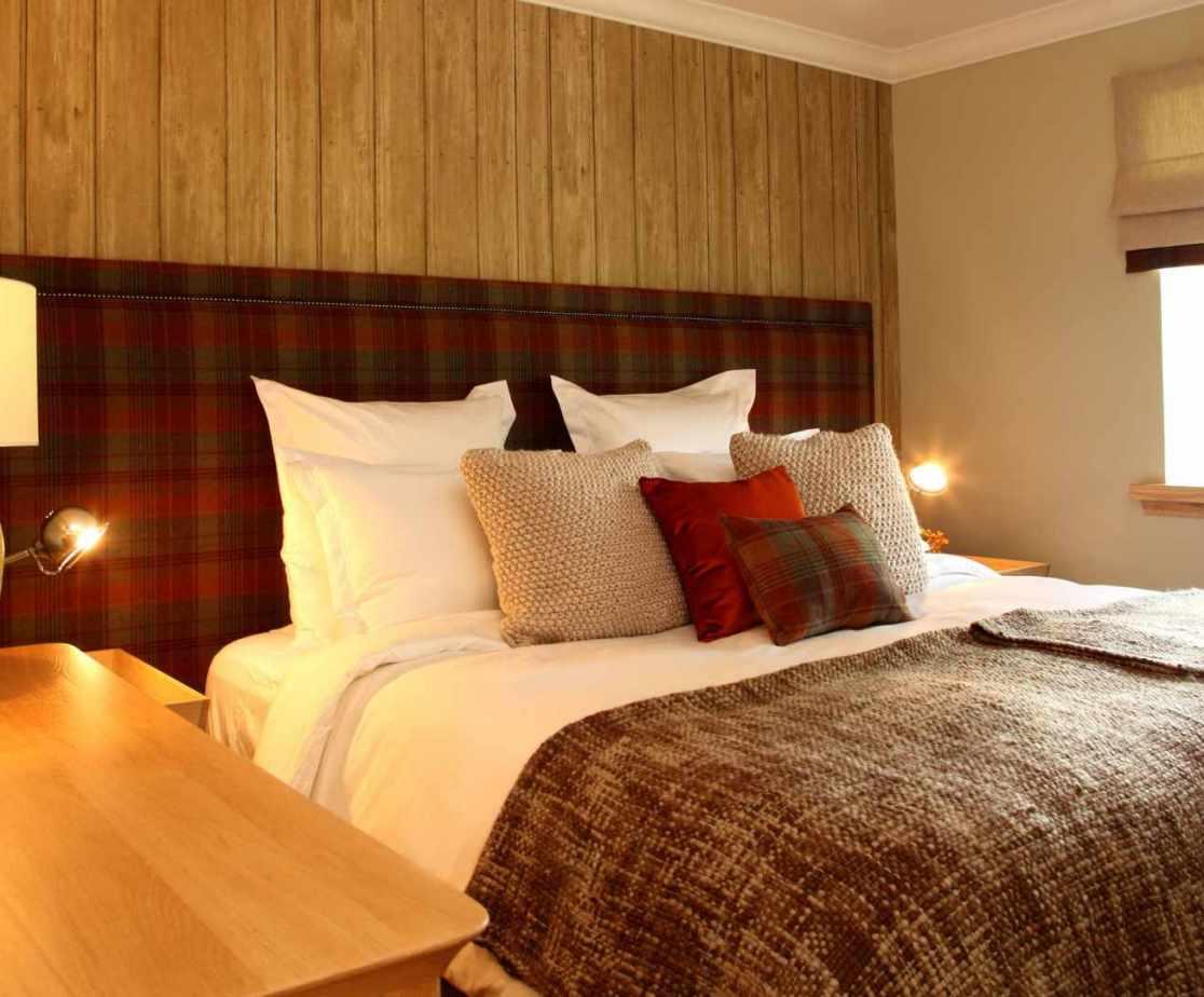 Ground floor bedroom with flexible sleeping arrangements