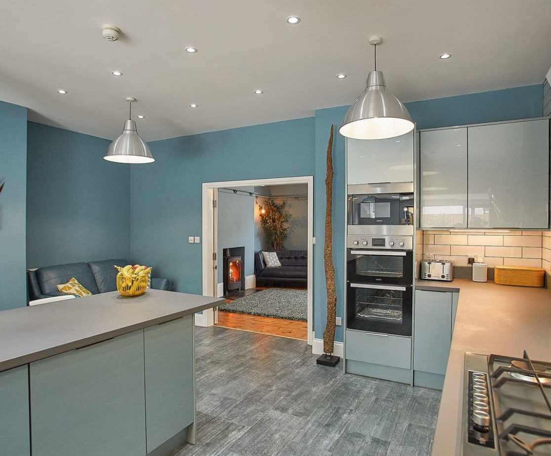 Stylish, well equipped kitchen