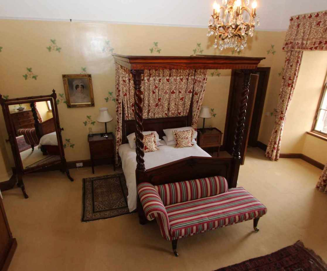 The \'Richmond\' bedroom has a lovely double four poster bed
