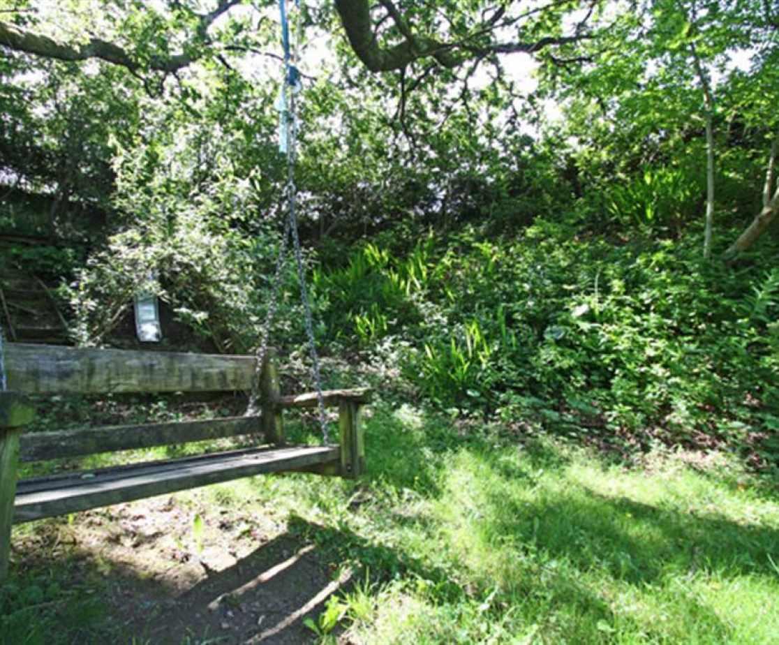 FL051_garden4.jpg