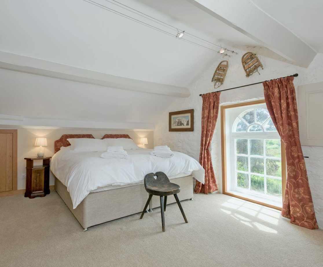 Roomy double bedroom