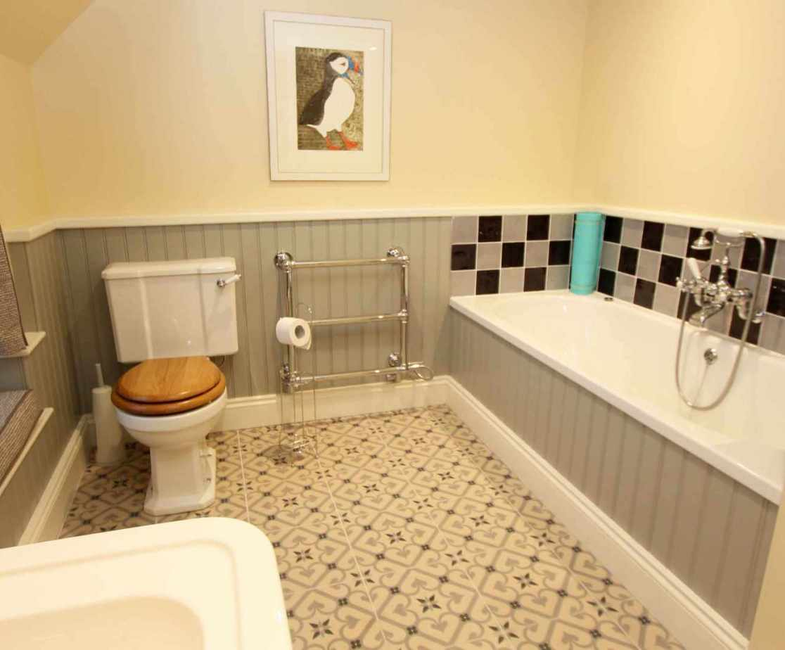 Shared bathroom on the first floor rear section