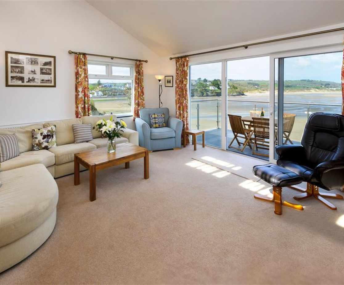 GILCOE - Living Room View 1