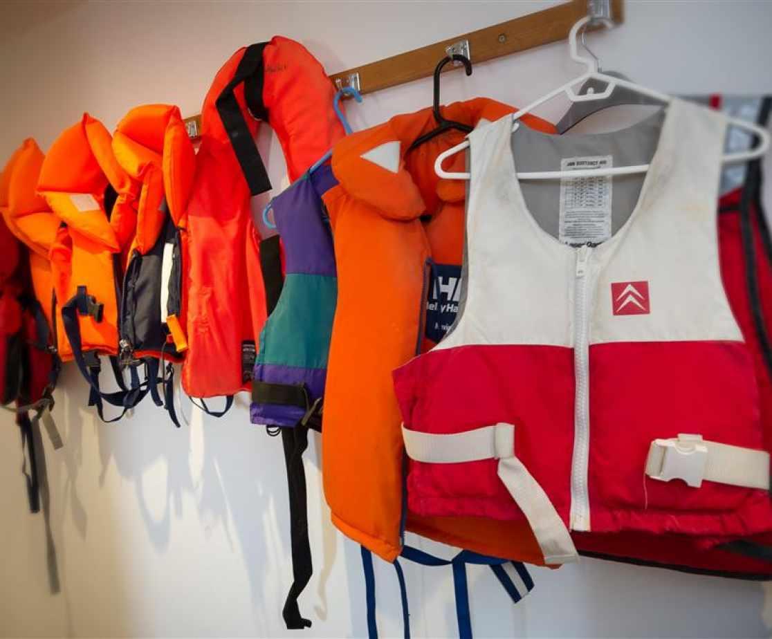 GILCOE - Life Vests