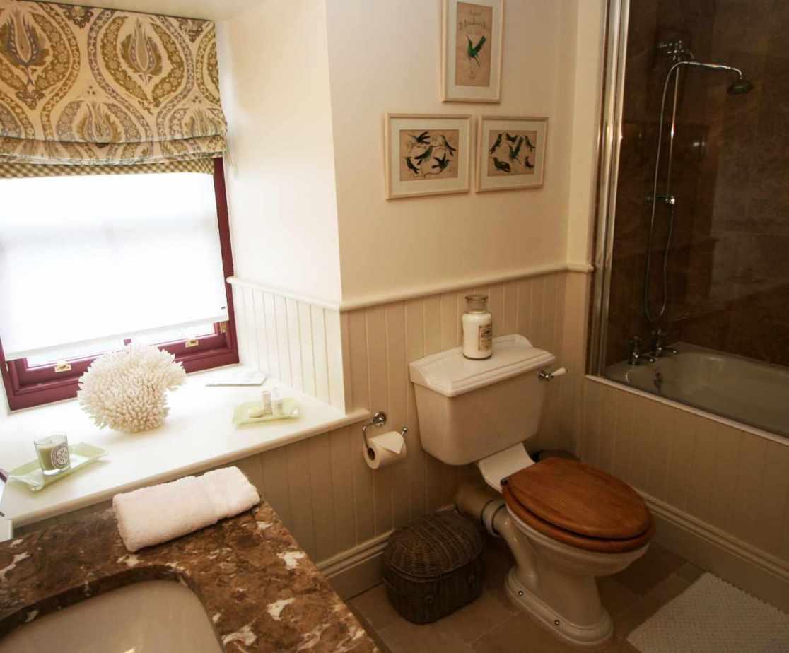 Bedroom 4 designated bathroom