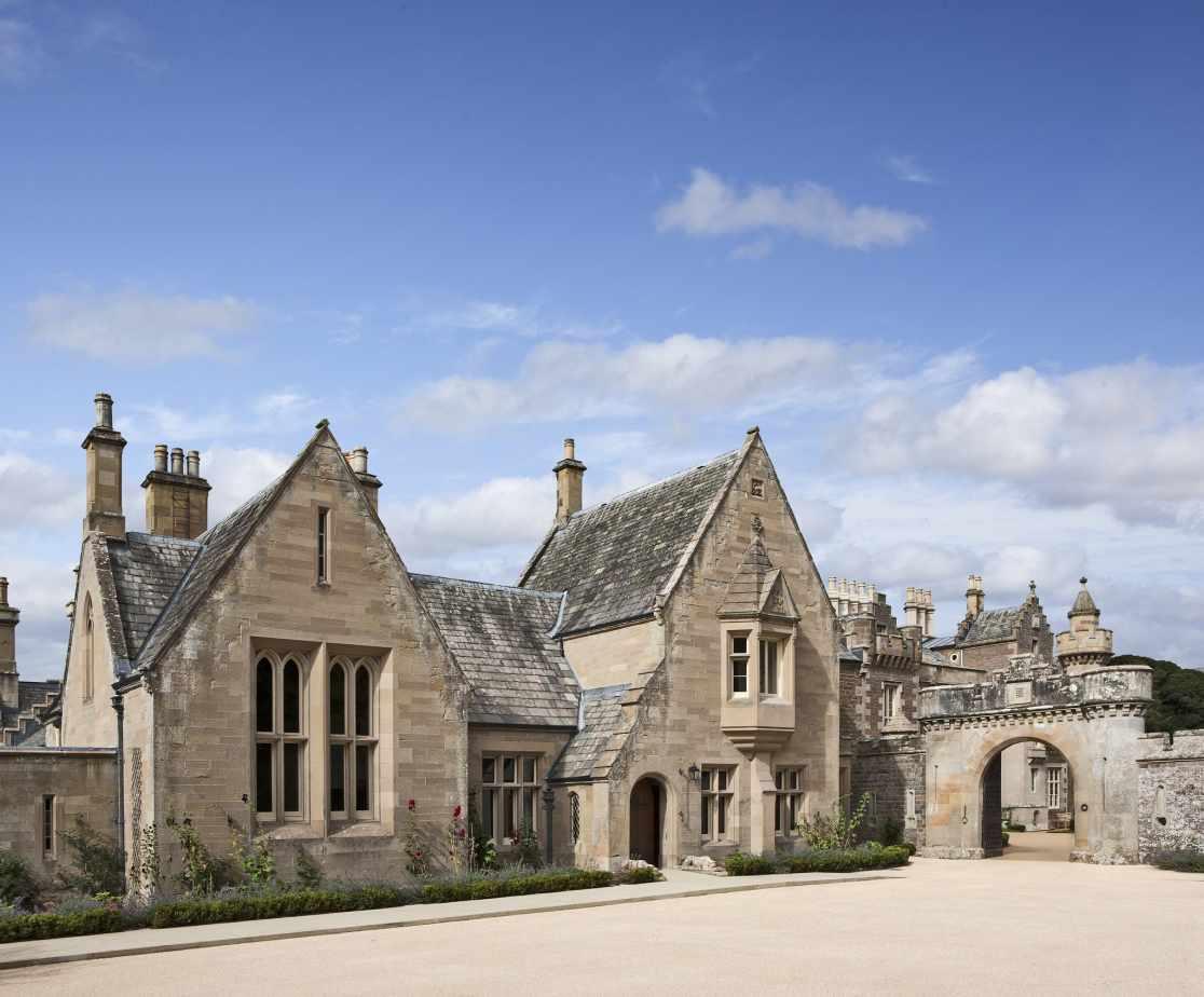 Luxury Melrose Castle | Exterior