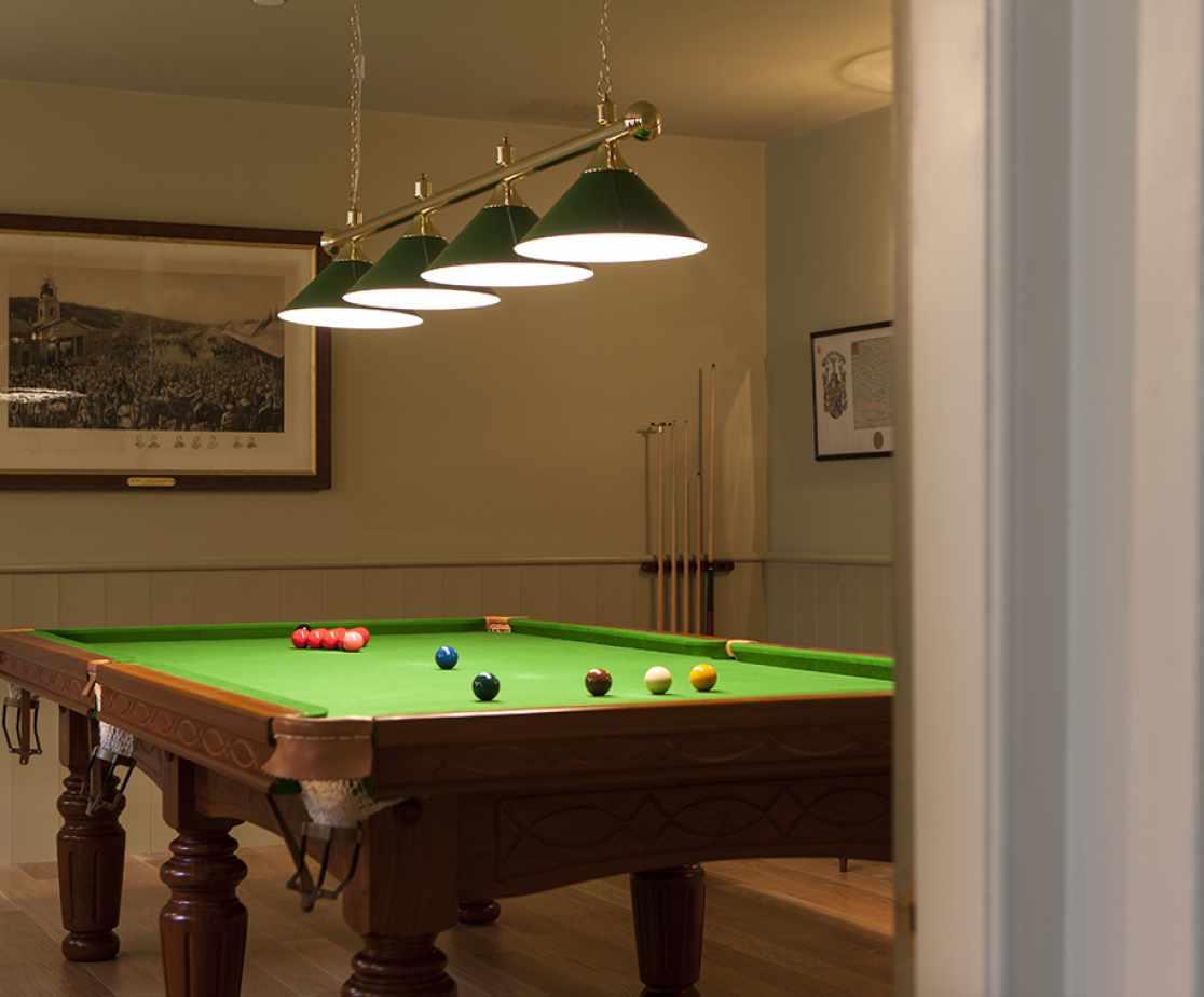 Billiard Room | Luxury Melrose Castle