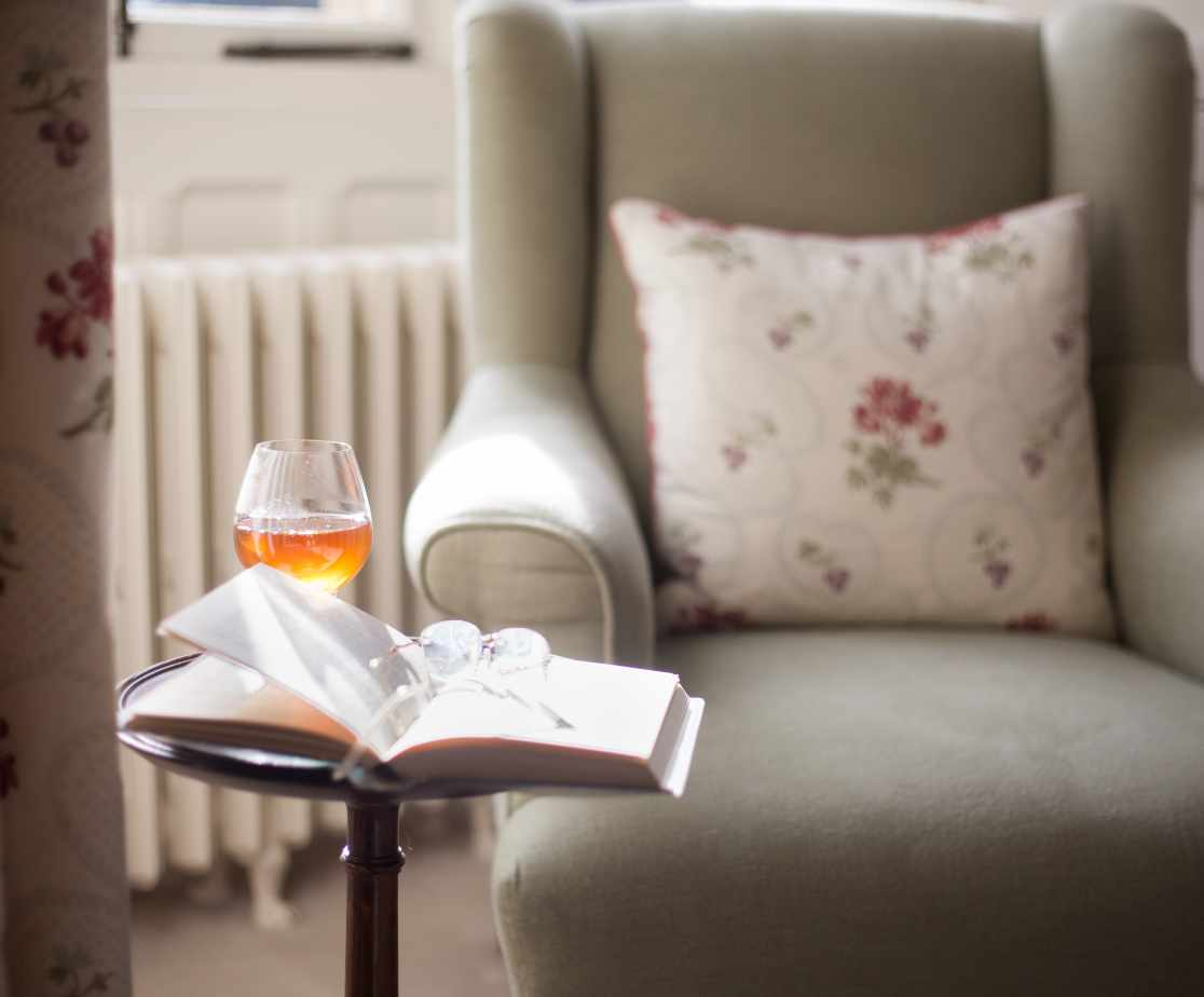 Relax with a book | Luxury Melrose Castle