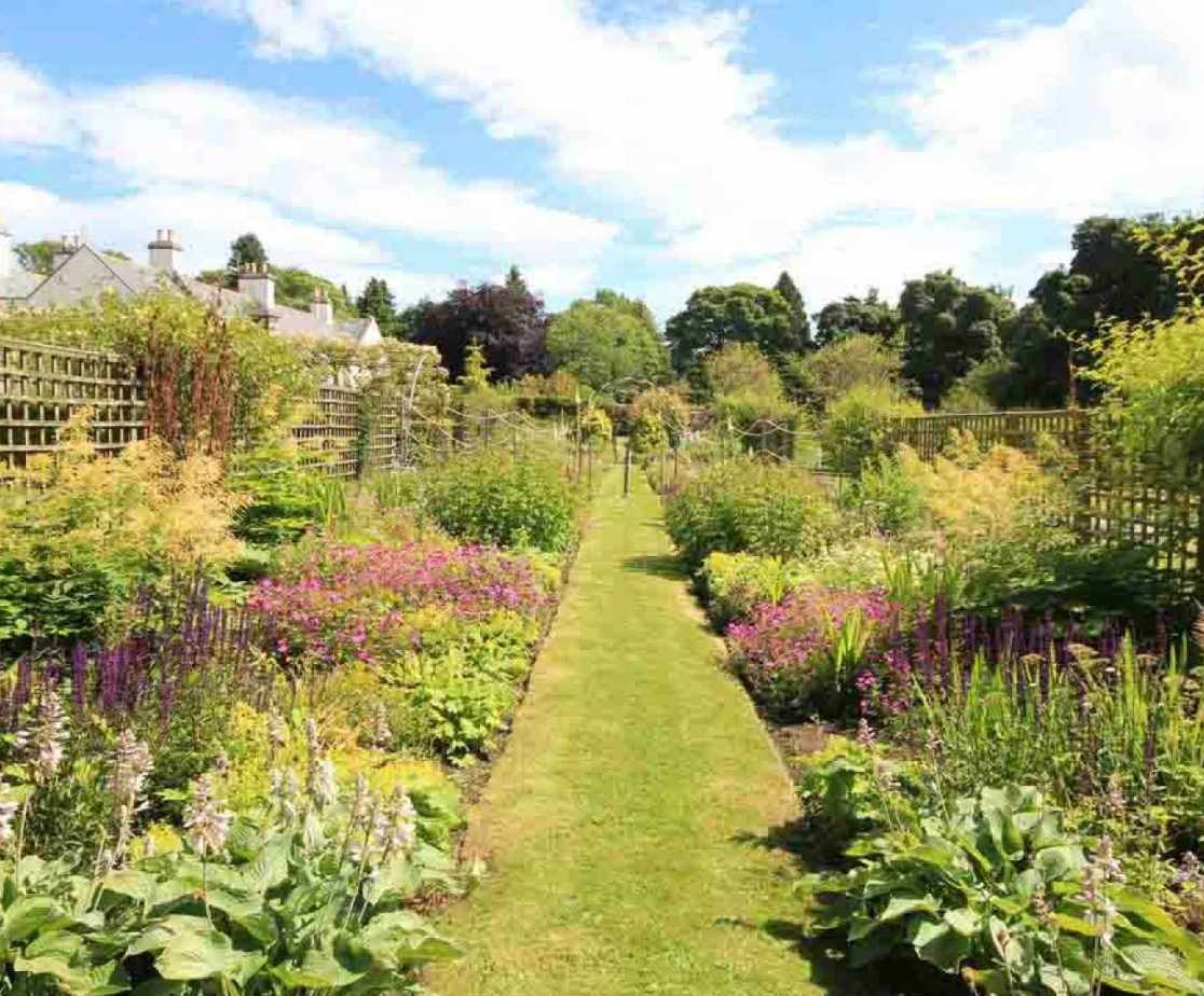 The gardens are perfect for hosting BBQs and parties