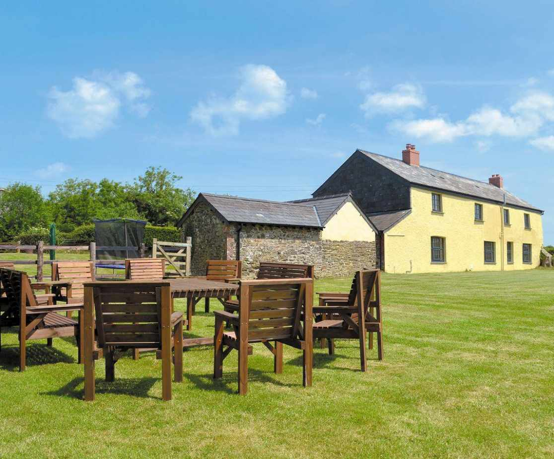 Spacious detached holiday cottage